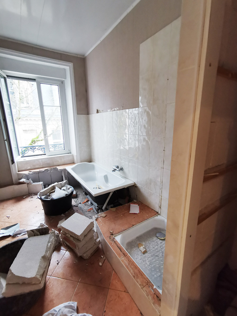 Création d'une salle de bain - pendant
